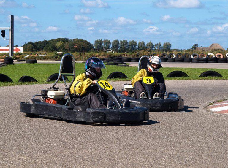 Karting Texel - pijlsnel de bocht in