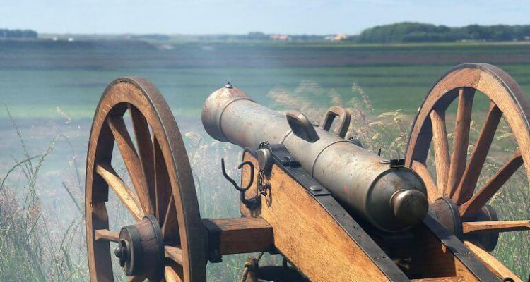 VOC en Texel - kanon afvuren